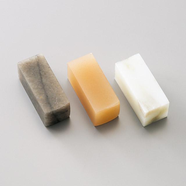 遼凍石(りょうとうせき)