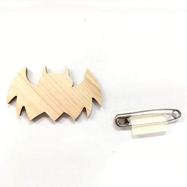 木のバッジ K こうもり|セット内容