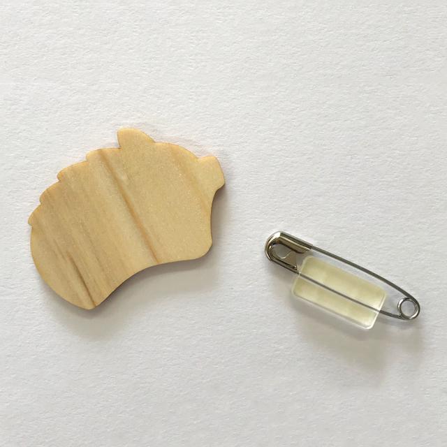 間伐材バッジ H 干支(イノシシ)|セット内容